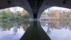 Unter der Neckarbrücke