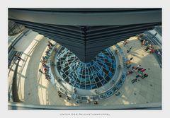 Unter Der Reichstagskuppel