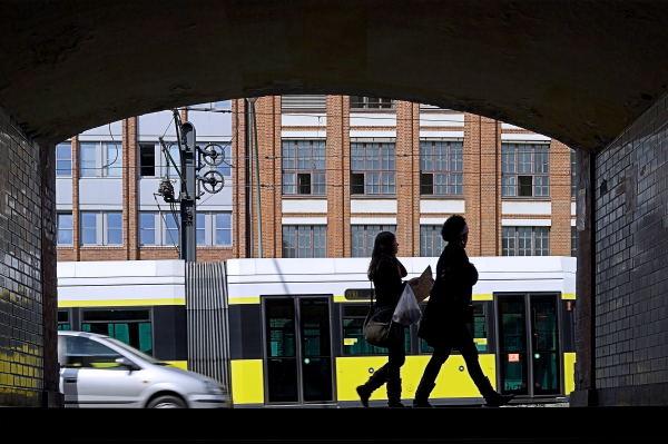 Unter der U-Bahn