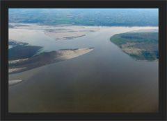 Unter uns der Irrawaddy