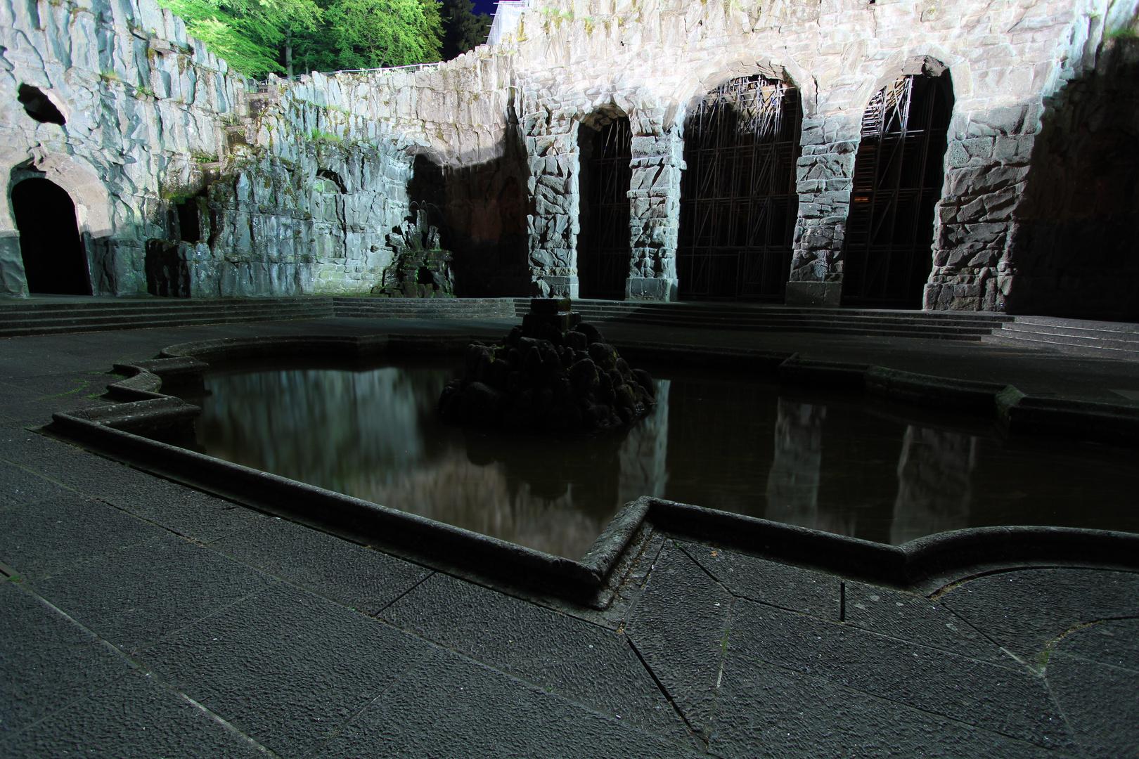 Unterhalb des Herkules in Kassel
