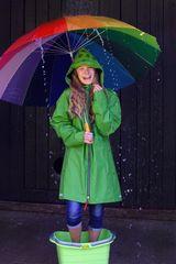 -unterm Regenschirm-