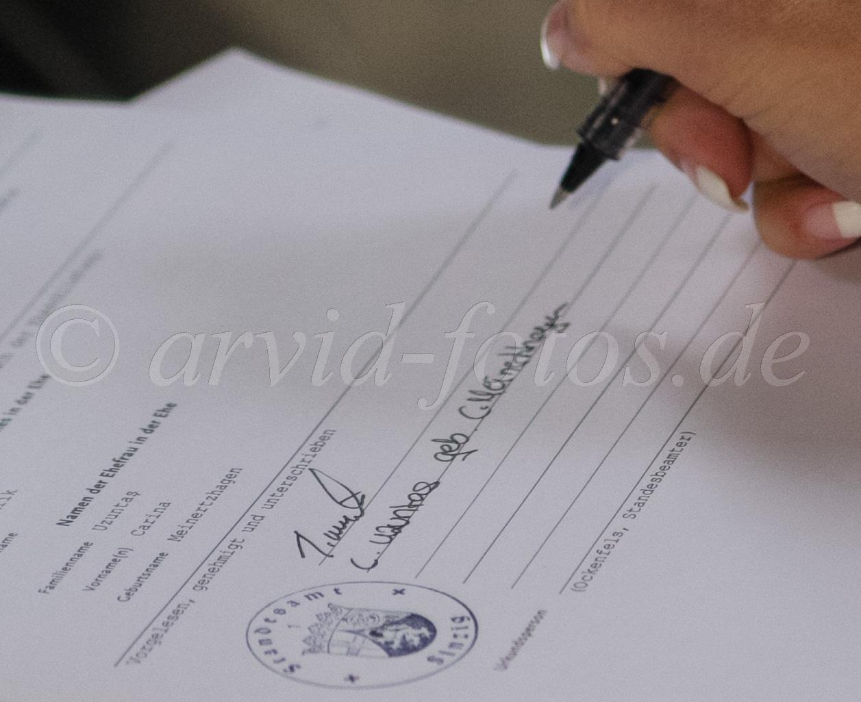 Unterschrift mit neuem Familiennamen