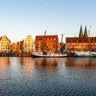 Untertrave in Lübeck am Abend
