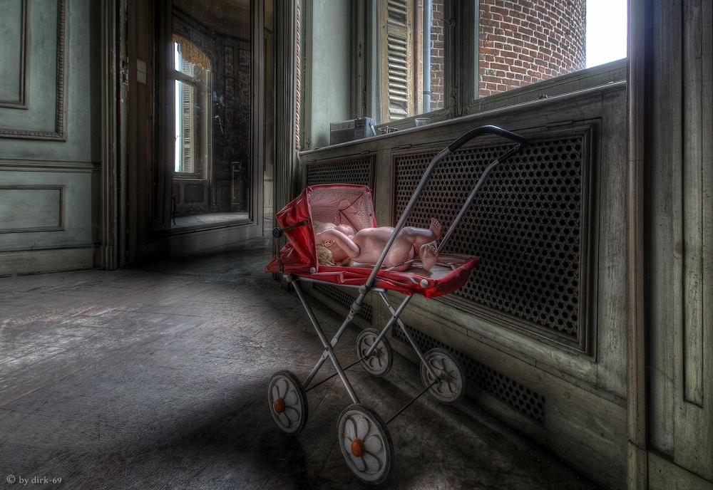 Unterwegs in einem alten Chateau