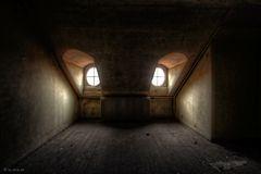 Unterwegs in einem alten Sanatorium [II]