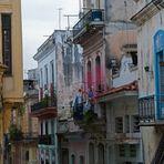Unterwegs in Havanna + 4 +