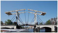 Unterwegs unter Brücken