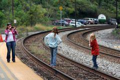 Unverantwortlicher Leichtsinn - es kann das letzte Foto sein ! Hauptstrecke Harpers Ferry, WV, USA