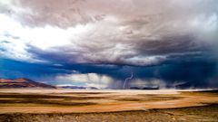 Unwetter auf dem Altiplano - ein seltenes Schauspiel