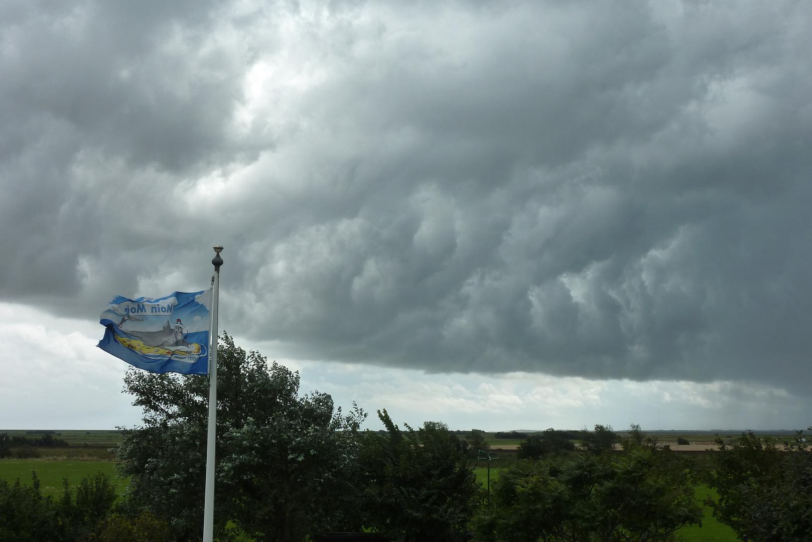 Unwetter zieht auf ... 01