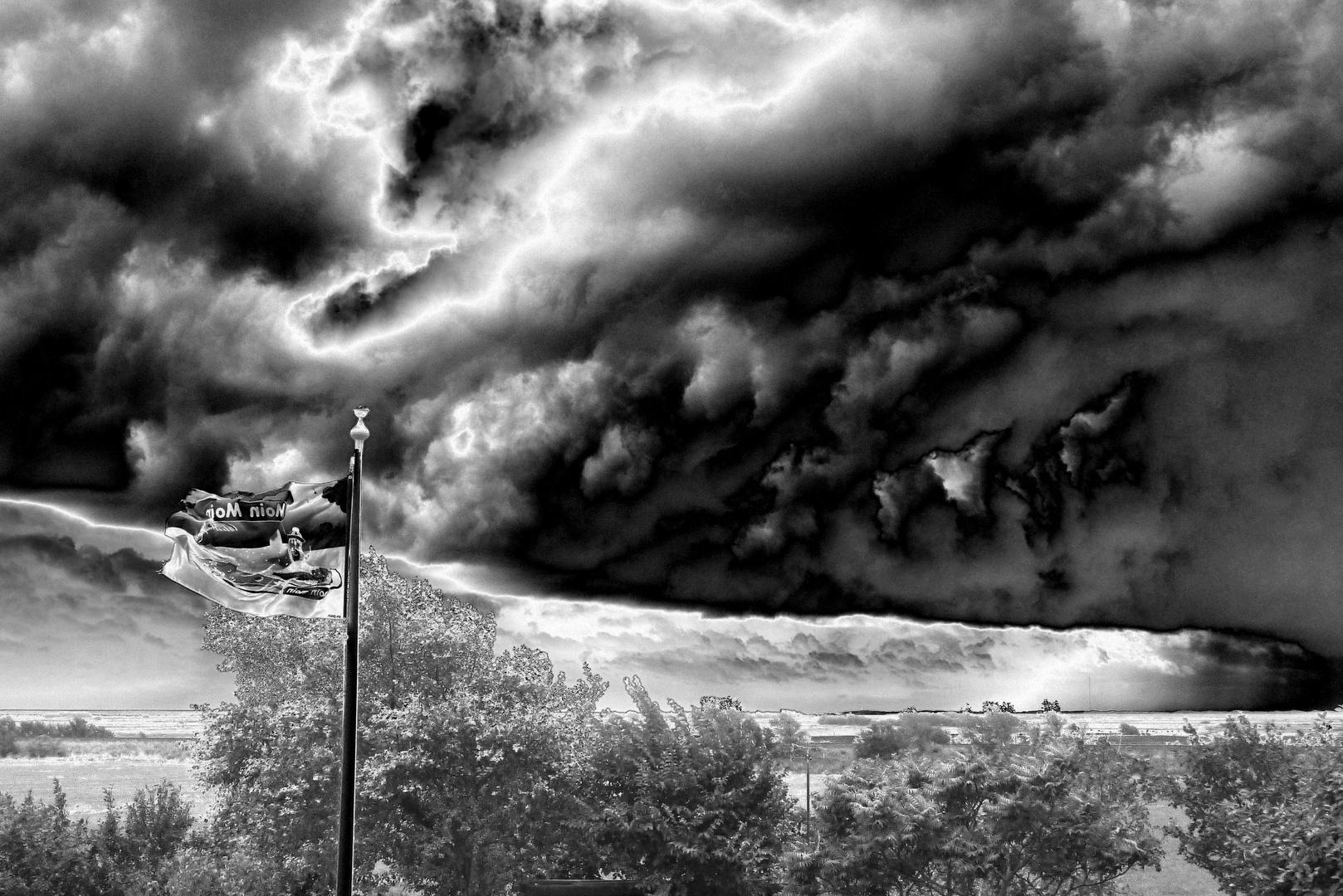 Unwetter zieht auf ... 02