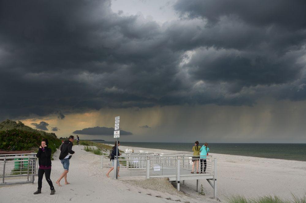 Unwetter zieht vorbei Hiddensee