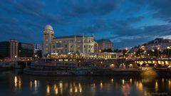 Urania, Donaukanal, Wien