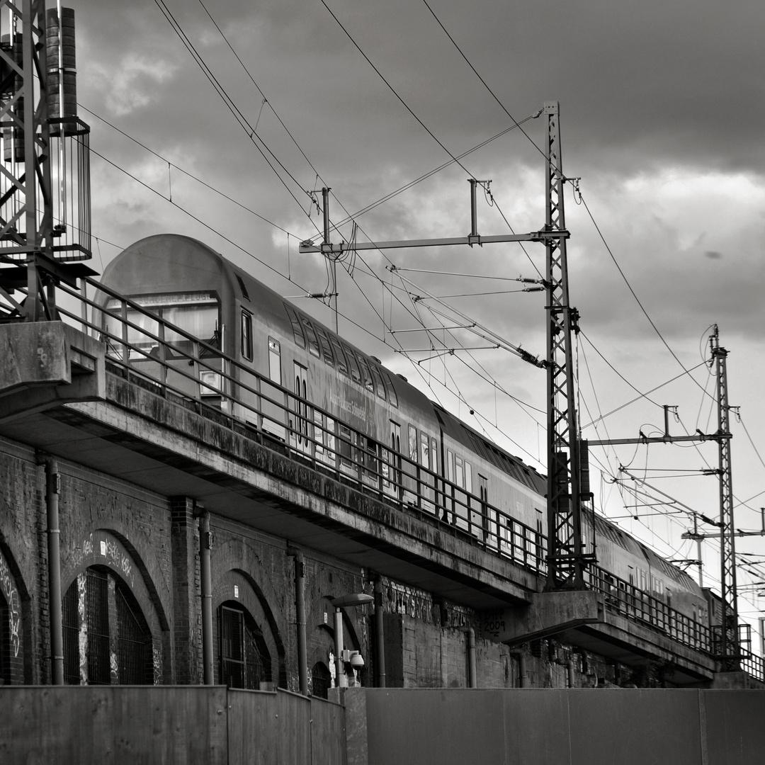Urban Landscape - S-Bahnzug - Berlin-Moabit