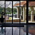 Urlaub 2018 auf der Insel Rab - Spiegelungen in der Hotelempfangshalle