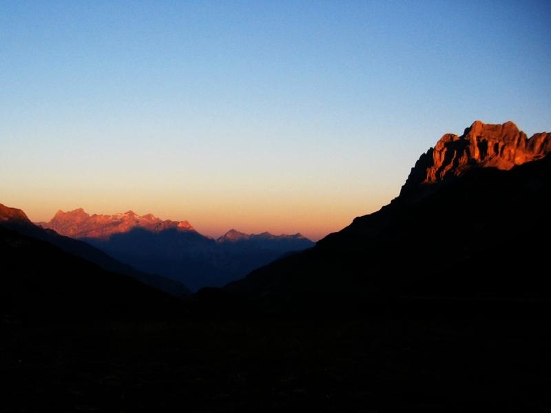 Urner Alpen im ersten Sonnenlicht