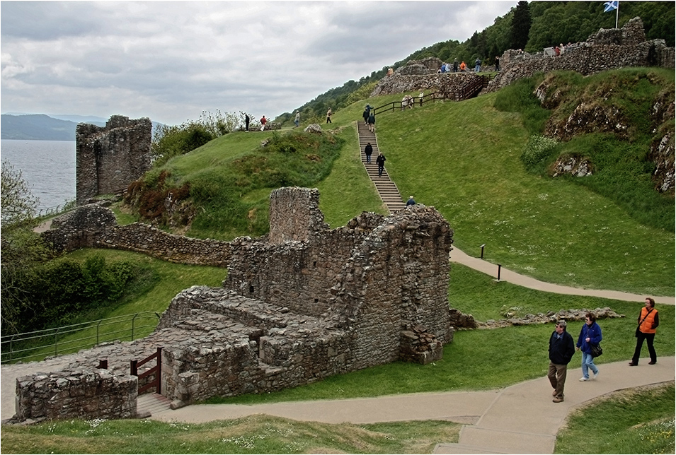 Urquhart Castle . . . (reload)