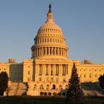 U.S. Capitol im Sonnenuntergang