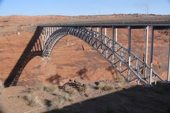 USA 2013 - Glen Canyon Dam Bridge in Page / im US Staat Arizona