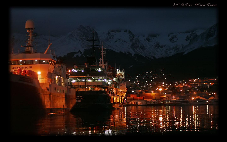 Ushuaia nocturno