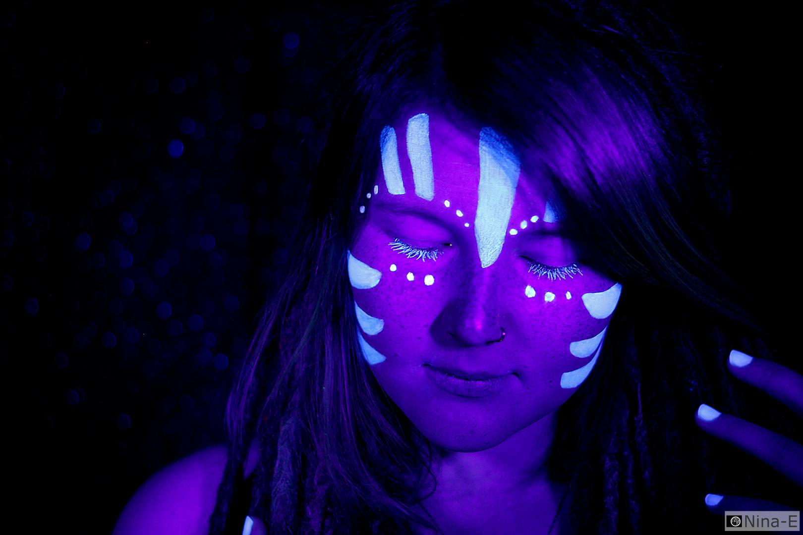 UV Lights III – Avatar Style