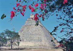 uxmal, site maya tres bien restaurè Photo analogique de 1984