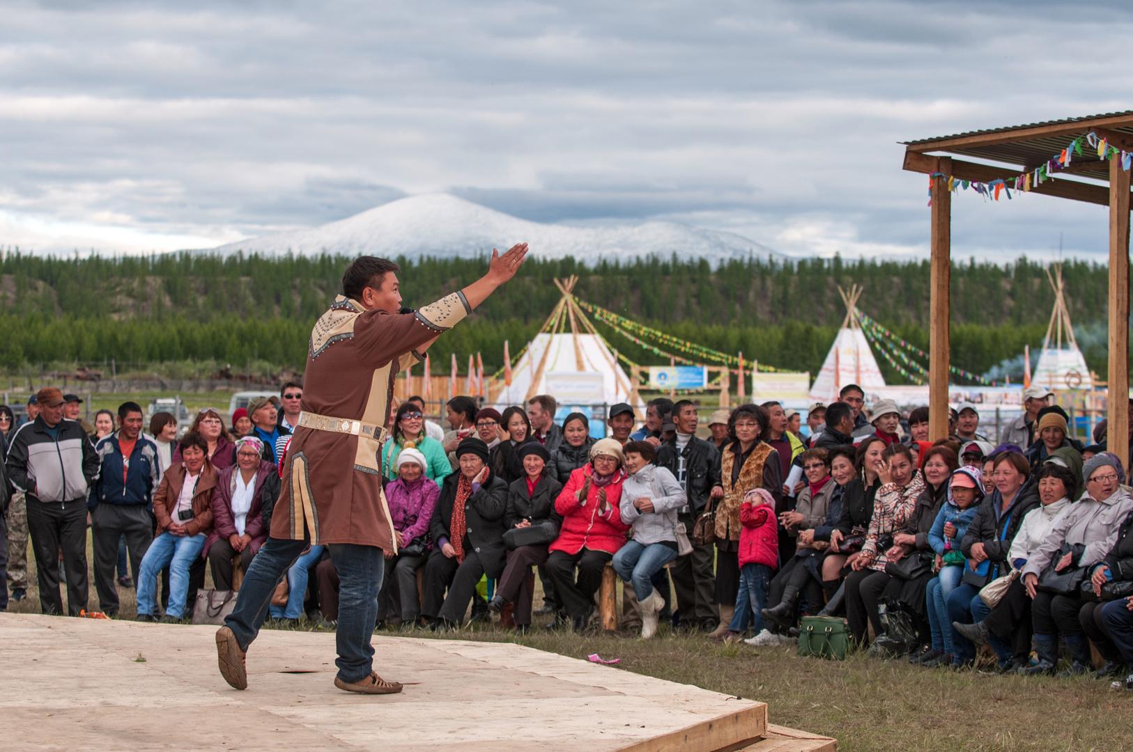 Uysuyakh Festival Jakutien