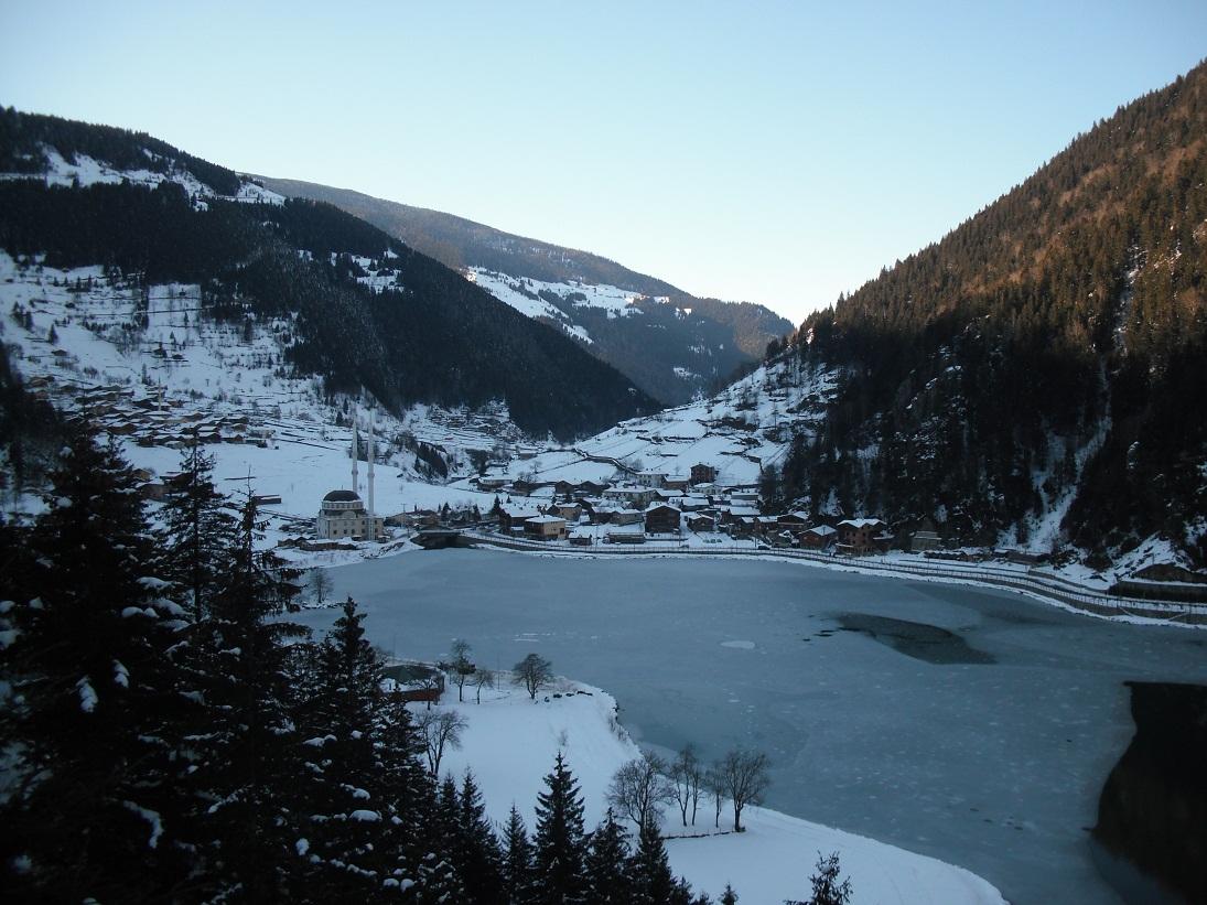 """Uzun göl """"long lake"""""""