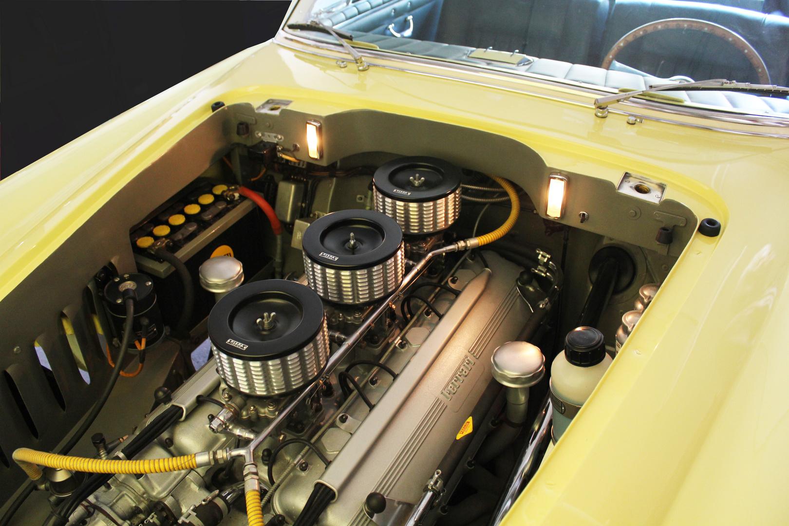 V12   1953 Ferrari 375 America s-n 0337 AL