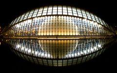 Valencia bei Nacht: L'Hemisfèric