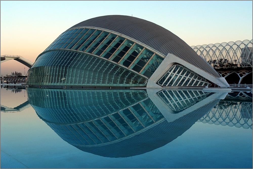 Valencia, L'Hemisfèric 2