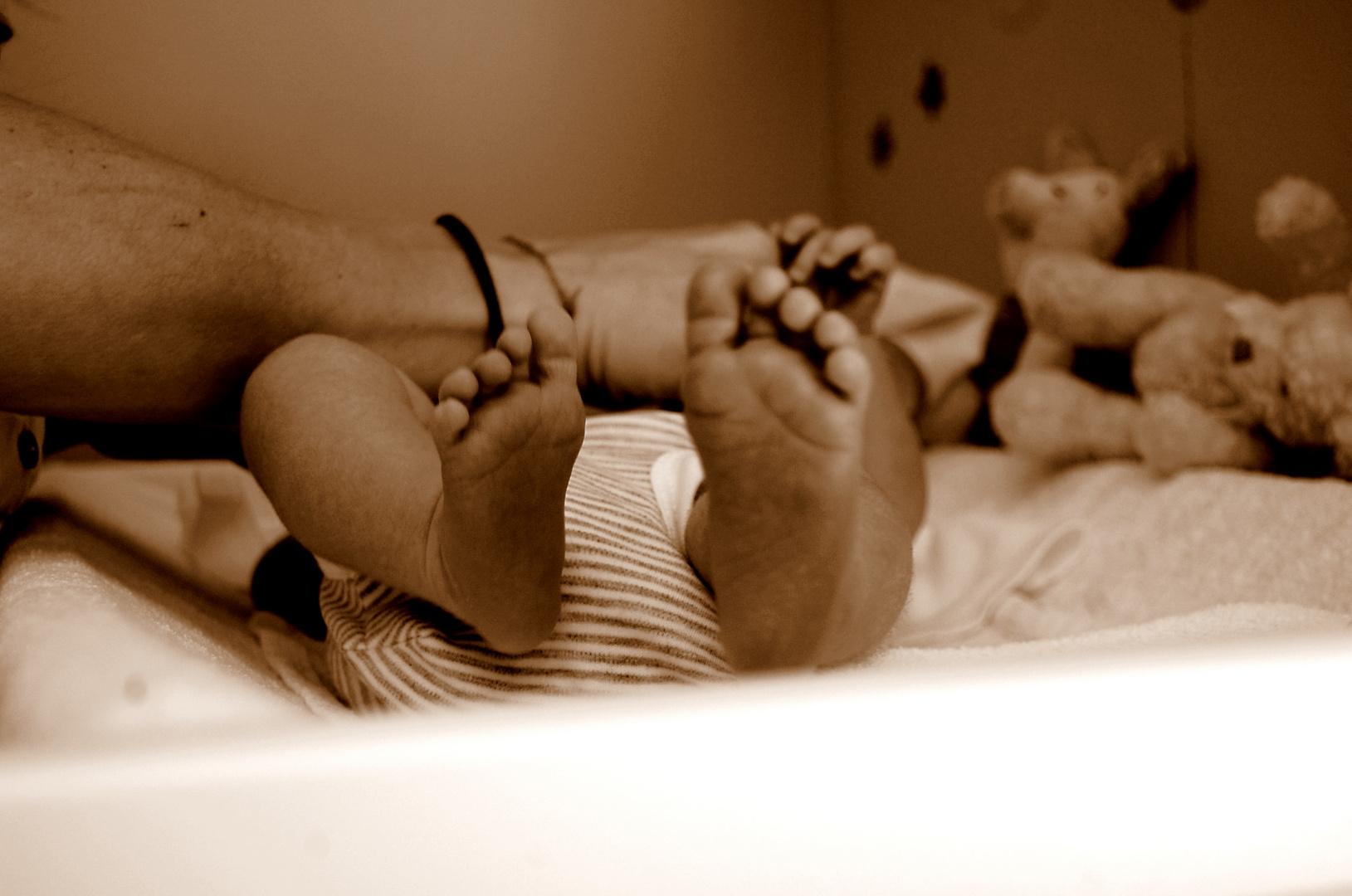 valentina's feet