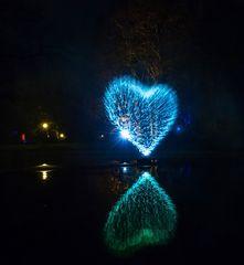 Valentinstag-Spiegelung