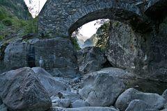 Valle Bavona - Steinwelten
