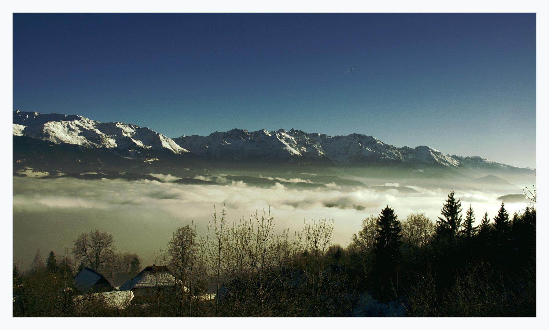 vallée du grésivaudan sous les nuages