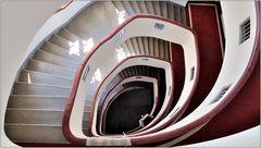 ... Variationen über ein Treppenhaus #12 ...