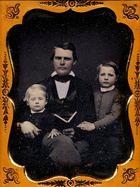 Vater mit Soehnen, um 1852