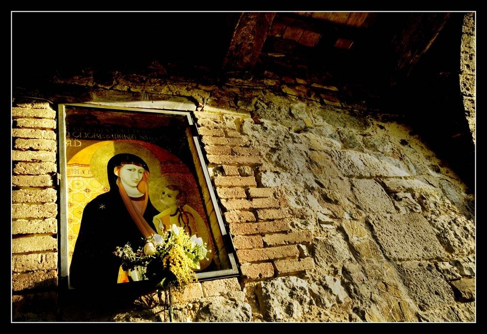 Vecchio Madonnino Toscano