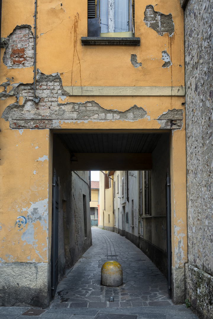 Vecchio portico, Trezzo d.Adda