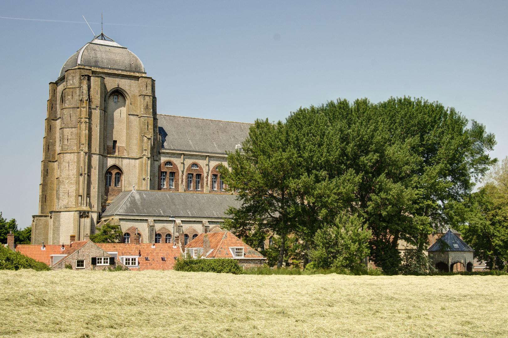 Veere - Kanaalweg Westzijde - Oude Kerk - 02
