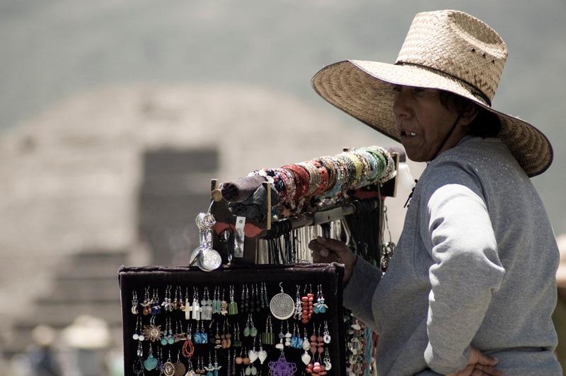 Vendedora de Teotihuacán