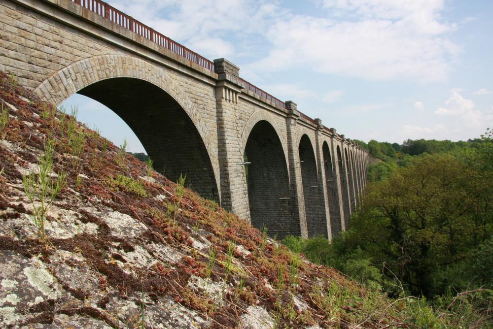 Vendée - St Laurent sur Sèvre - Le Pont de Barbin