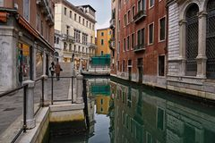 Venedig  2020 .11. Stille
