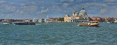 VENEDIG   - Blick auf die Santa Maria della Salute -