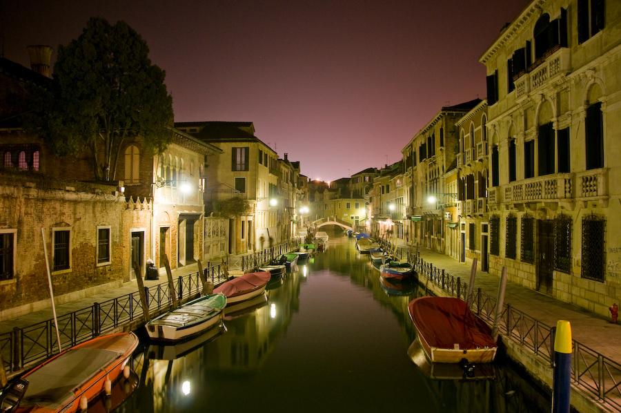 Venedig by night