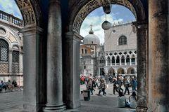 Venedig  - Licht und Schattenseite -