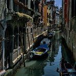 Venedig  - Seitenkanal -