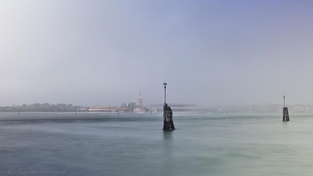 Venedig taucht aus dem Morgennebel auf.....