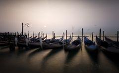 Venedig versunken m Nebel